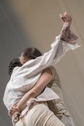 L'incontro, di Raffaella Giordano e María Muñoz (foto Andrea Macchia)