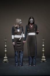 Alcesti: Daria Deflorian e Monica Piseddu (ph D. Burberi)DUB2097-500x749
