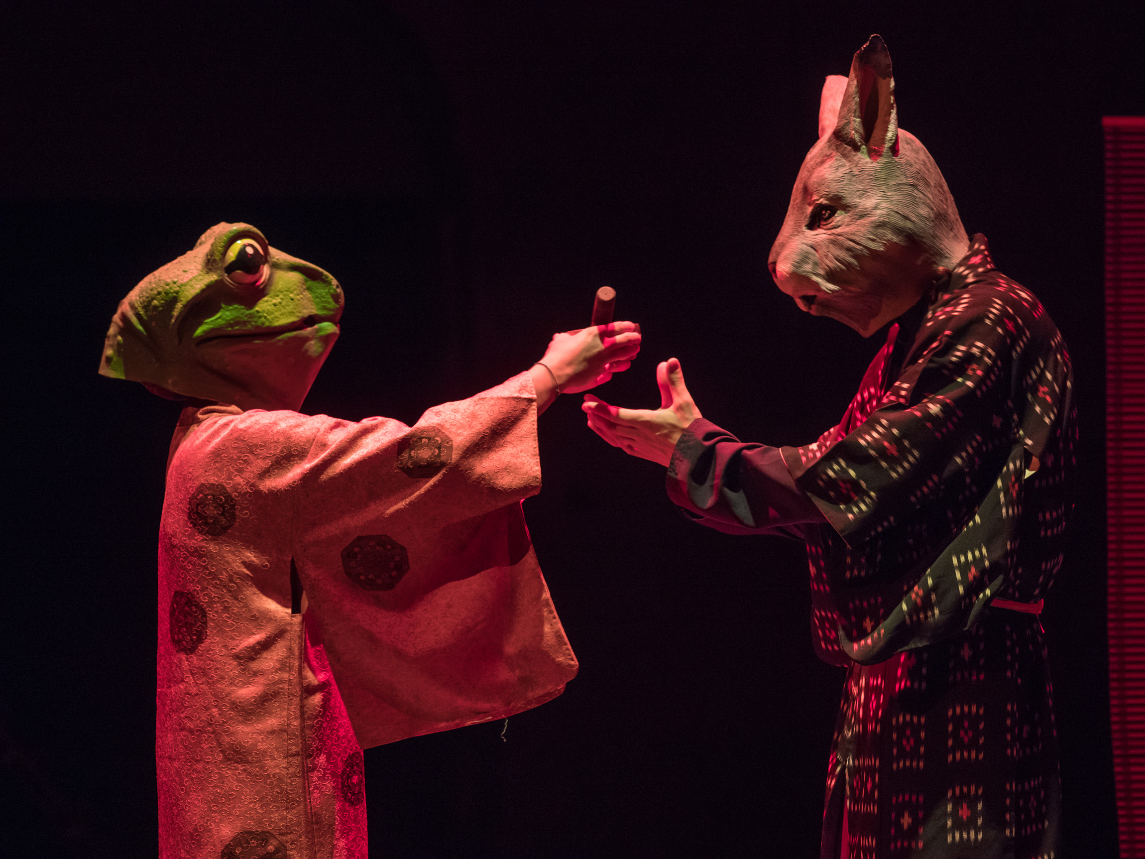 Anomalia Teatro <em>Ouroboro</em> ph Andrea Macchia