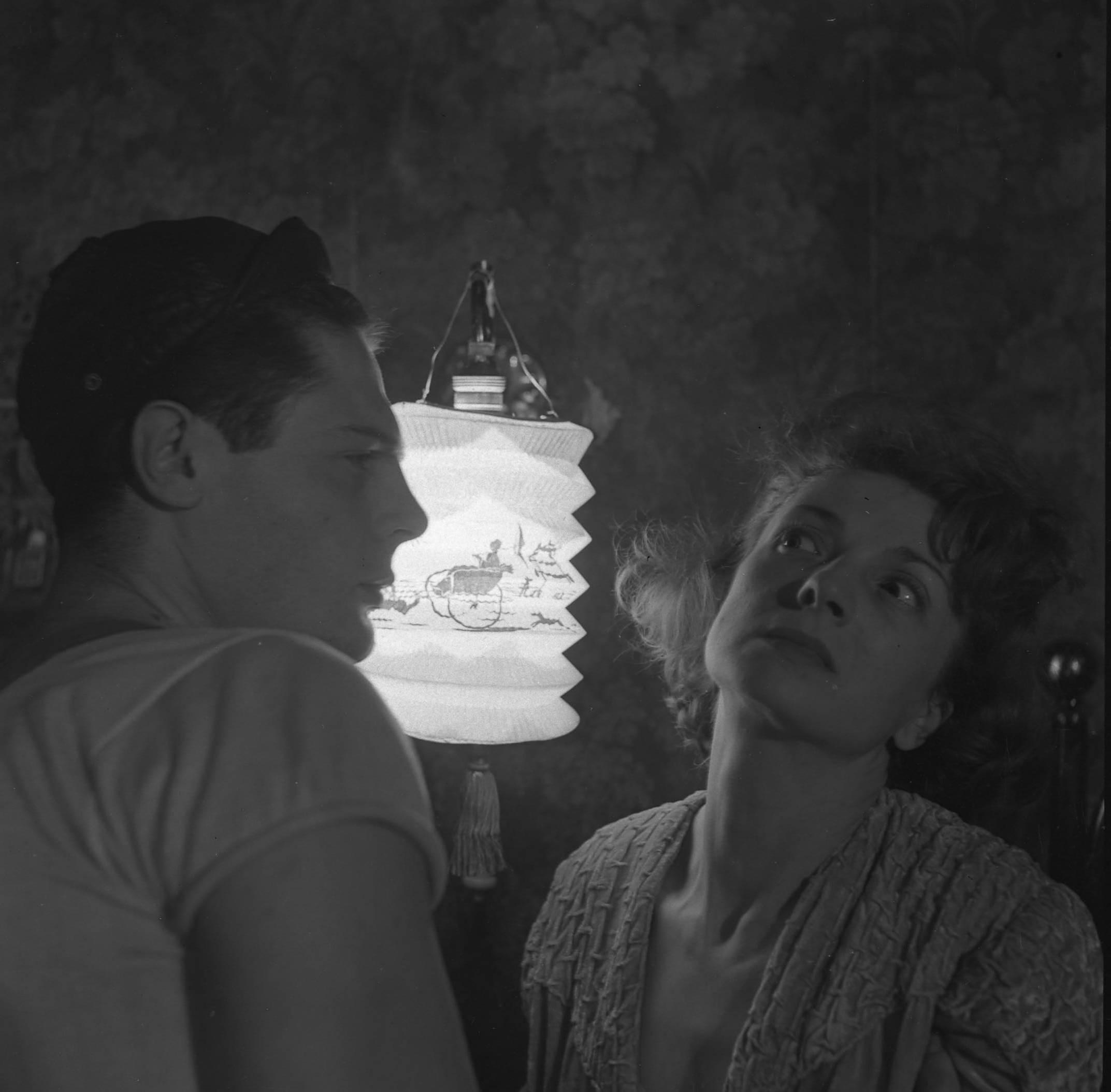 Rina Morelli (Blanche) e Marcello Mastroianni (Mitch), Un tram che si chiama