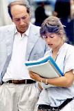 Giorgio Pressburger con la regista assistente Sabrina Morena